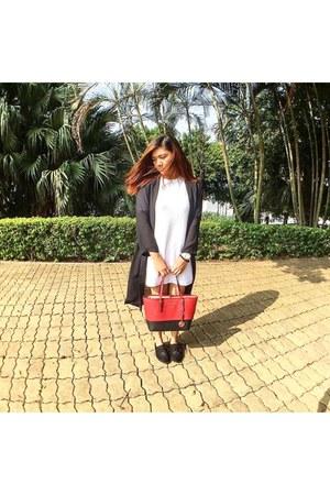 black Bershka shoes - red leather Michael Kors bag