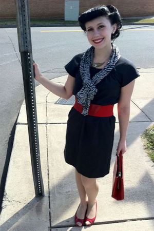 gray dress - red belt - red purse - silver scarf