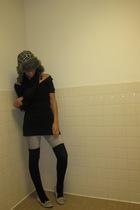 beige H&M shoes - silver jeans - black Forever 21 shirt - black scarf - black so