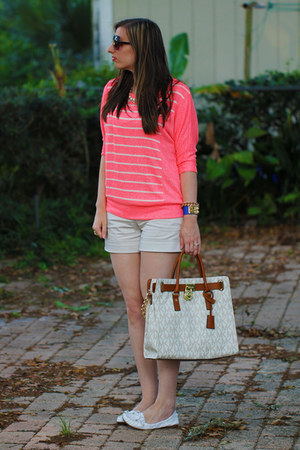 Michael Kors bag - Forever21 sweater - Express shorts - Marc Jacobs watch