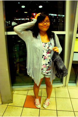 gray Forgot What Brand cardigan - white H&M top - blue Forever 21 shorts - pink