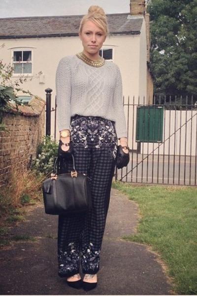 knit Zara jumper - street style Fendi bag - chic Zara heels