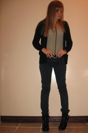 Dollhouse shoes - RVCA pants - belt - H&M sweater