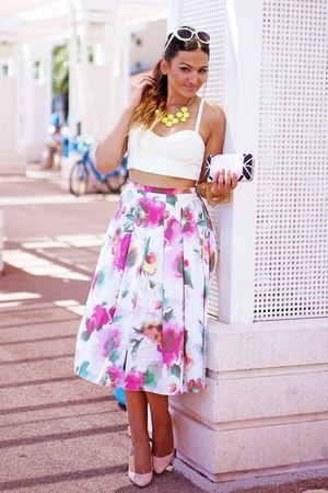 bubble gum by Mullanstyke skirt - white Bershka top - light pink Zara heels