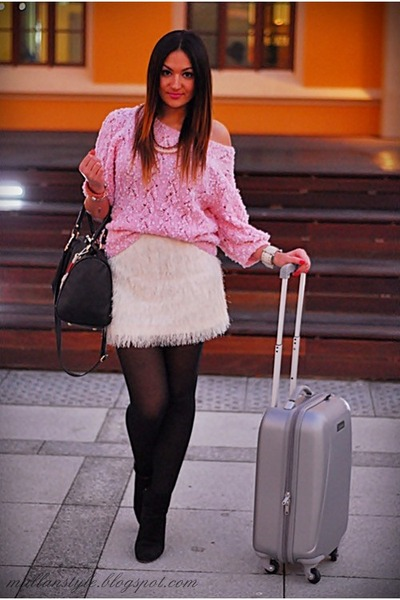 white H&M skirt - black vintage sweater - silver Lotaro bag