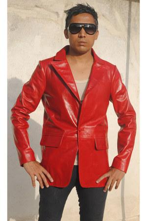 Munir Khamker blazer - Jovial sunglasses - Munir Khamker pants