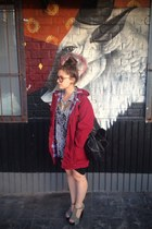 maroon parka op shop jacket - black leather shopper H&M bag