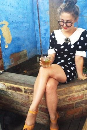 black polka dot vintage dress - mustard faux suede Novo heels