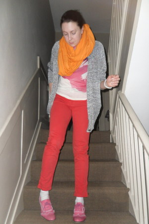 bubble gum River Island shoes - red Zara jeans - orange American Apparel scarf -