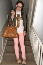 white Urban Outfitters t-shirt - peach Topshop jeans