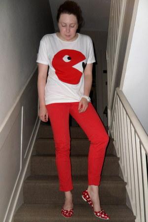 red Zara jeans - white stolen girlfriends club t-shirt - red Xenos flats
