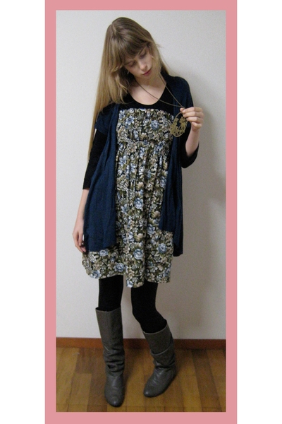 Zara boots - vintage dress - Rinascimento vest - American Apparel leggings - H&M