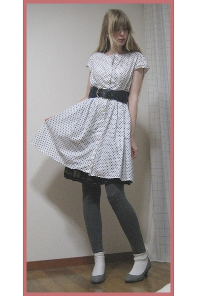 vintage dress - H&M belt - H&M leggings - on the coach shoes - H&M purse - Mikio