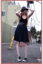 Hanjiro hat - H&M top - H&M belt - vintage skirt - Converse shoes