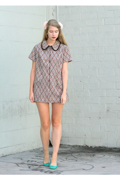 tawny vintage dress - light pink American Apparel accessories