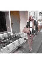 nude American Apparel leggings - light pink Miu Miu purse - gray Note et Silence