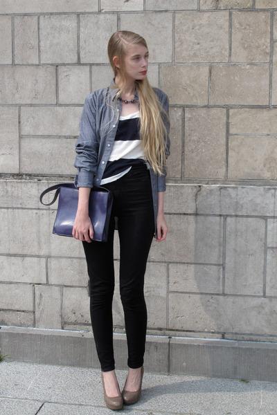 beige Newlook heels - heather gray American Apparel shirt