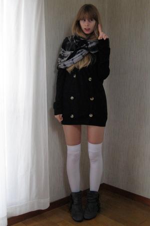 black American Apparel cardigan - gray American Apparel scarf - white American A