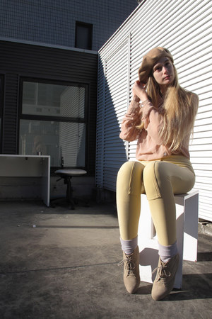 beige lowrys farm boots - camel American Apparel hat - silver American Apparel s