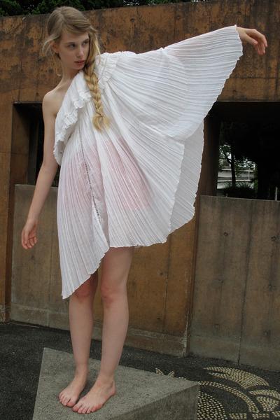 Vintage Dress White 85