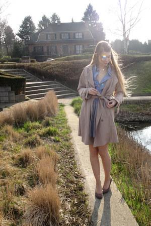 beige vintage coat - navy American Apparel shirt - black American Apparel skirt