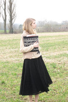 black vintage dress - light pink American Apparel sweater - dark gray vintage pu