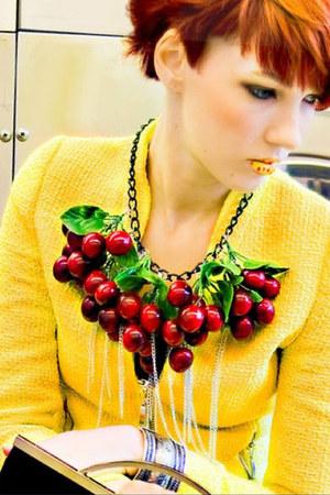 ruby red summer cherry Bitsch Kitsch necklace