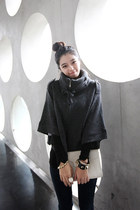 Dark-gray-casual-chic-dahong-cape