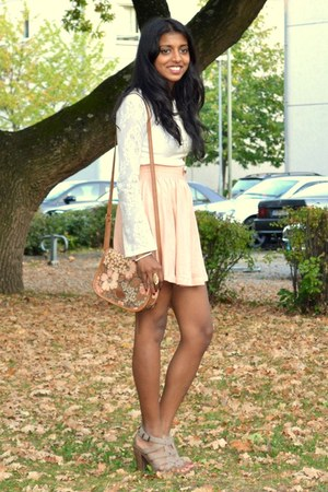 peach H&M skirt - tawny vintage from Ebay bag - ivory vintage from Ebay blouse