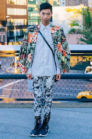 black Yohji Yamamoto boots - Zara blazer - white Club Monaco shirt