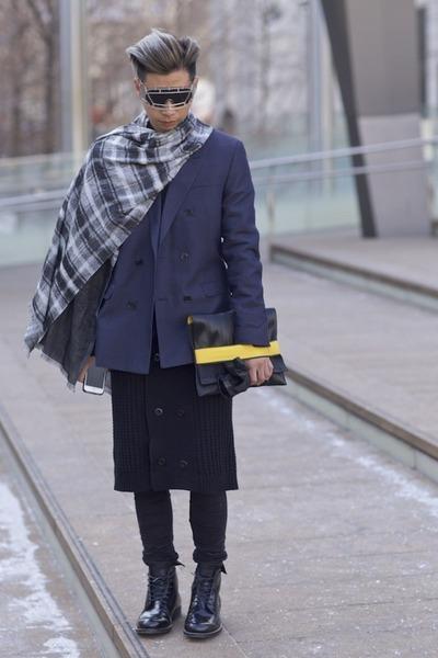 black leather G-Star raw boots - blue blazer acne jacket