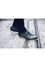 Black-brogues-valas-shoes