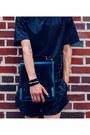 Black-eliran-nargassi-shorts-black-fox-hat