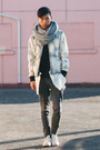 White-sneakers-converse-shoes-light-blue-acid-wash-31-phillip-lim-jacket
