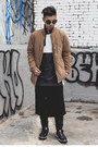 Navy-sneakers-tods-shoes-camel-bomber-superism-jacket