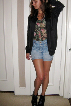 Alexander Wang jacket - Zara shirt - vintage necklace - lees vintage shorts - vi