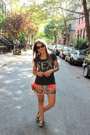 H&M shorts - pull&bear t-shirt