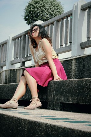light brown Zalora TH flats - bronze top - red skirt