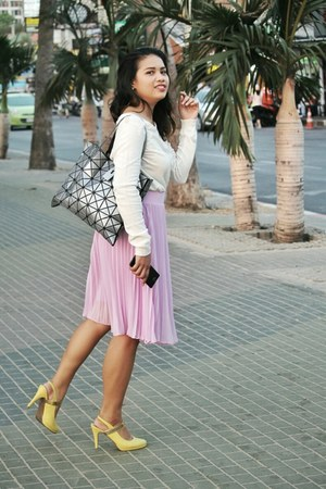 light purple skirt - ivory sweater - light yellow pumps