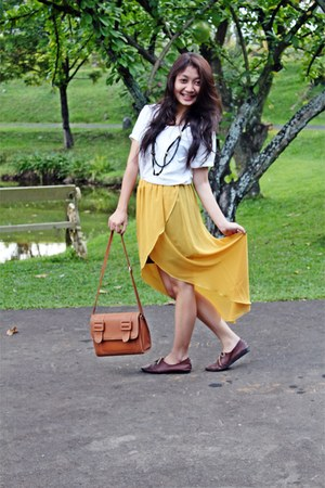 light orange Zara skirt - light brown Gaudi shoes - brown Zara bag