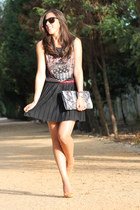 Zara skirt - Zara bag - Bershka t-shirt - Mango pumps