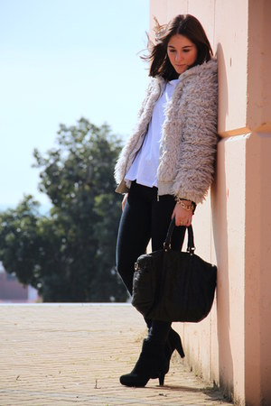 Stradivarius jacket - H&M boots - Mango bag