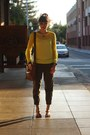 Brown-piperlime-sandals-yellow-old-navy-sweater