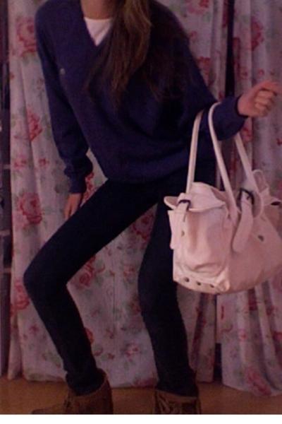 Lacoste sweater - InVito purse - Diesel jeans - Minnetonka shoes