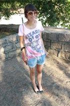 pink t-shirt - black bracelet - yellow sunglasses