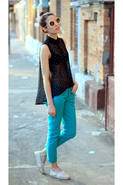 black polka dots romwe blouse - cream romwe sunglasses - turquoise blue pants