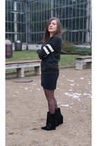black Choies boots - black Zara sweatshirt
