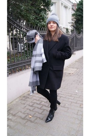 black Zara boots - heather gray Zara scarf