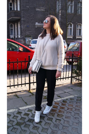 cream Zara sweater - white Reebok sneakers