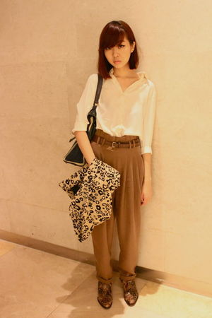 beige The Scarlet Room blouse - brown Zara pants - brown Jimmy Choo x H&M shoes